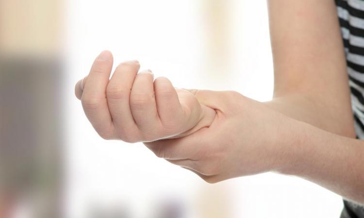 O prirodnom liječenju artritisa