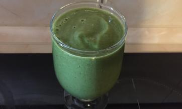 Kašasti sok od spanaća, celera i zelene salate