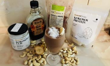 Sirovi čokoladni puding i sladoled sa ukusom kokosa