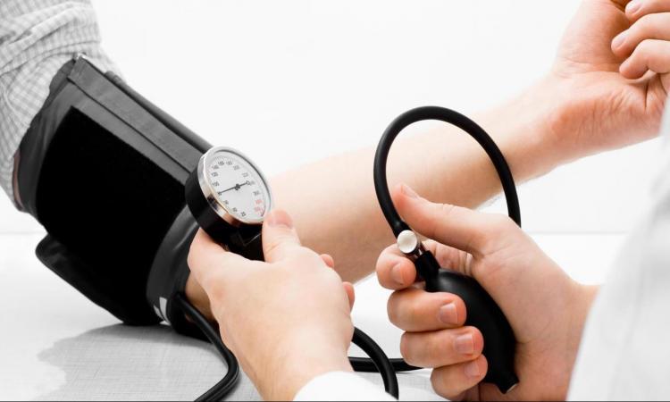 Kako liječiti visoki krvni pritisak na prirodan način, Milan Ivović